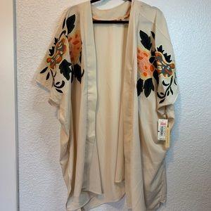 Gibson Latimer Tops - NWT Gibson Latimer Embroidered Floral Kimono 2X